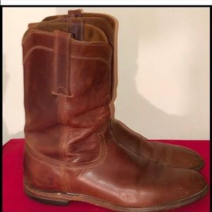 Frye Shoes - Vintage Frye Roper Distressed Brown Leather Boots!